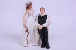 Фигурки Жених и Невеста на торт (С приколом)- Привязан к креслу h=12см