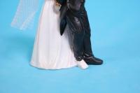 фигурки жених и невеста на торт (с приколом)- с дубиной h=12cм