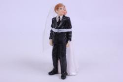 фигурки жених и невеста на торт (с приколом)- связанные