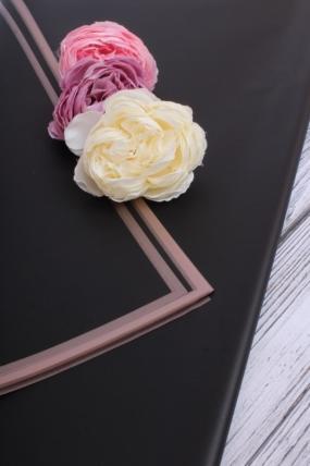 Флористическая пленка с золотой каймой, 58 см х 58 см, 20 листов/упак., черный 4127М