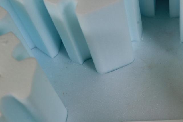 Форма-коробка пенопласт для цветов Снежинка (голубая)