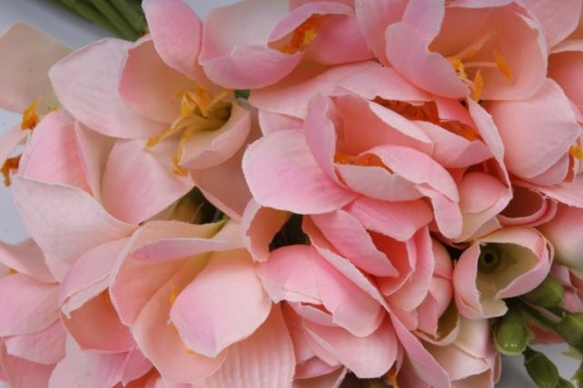 фрезия 62 см (12 шт в уп) розовая sun328