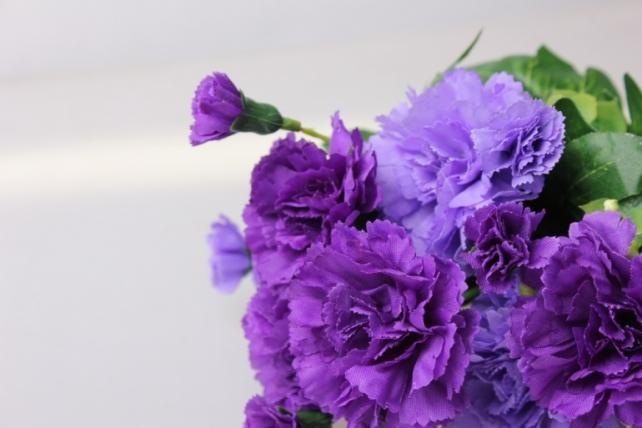 гвоздика сиреневая  букет - цветы искусственные