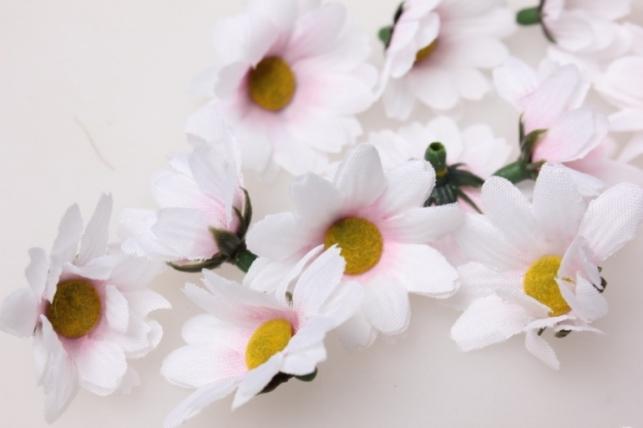 Хризантема бело/розовая цвет. гол. 3,5см (60шт в уп) 3114 - искусственные растения