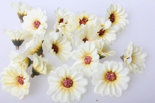 Хризантема кремовая, цветочек 3,5см (60шт в уп) 3053