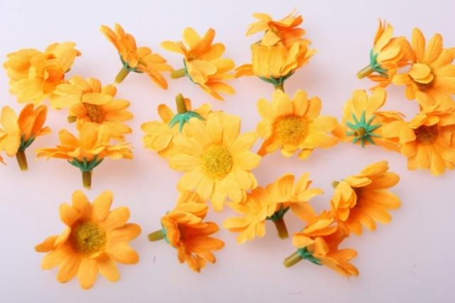 Хризантема оранжевая цветная 3,5см (60шт в уп) 9712
