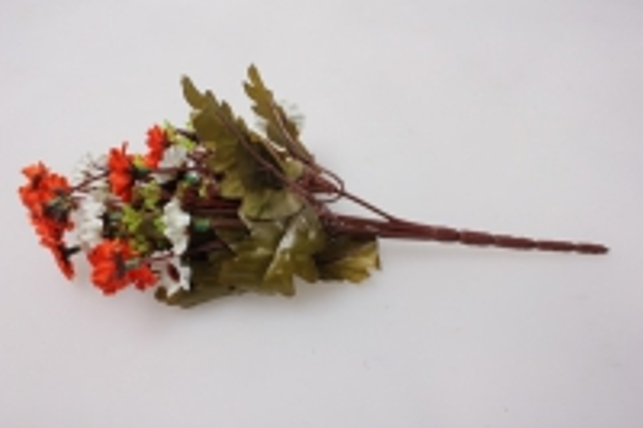 хризантема оранжево-белая (букетик) 25см