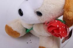 игрушка для букета- щенок с цветком - брелок белый 21/10