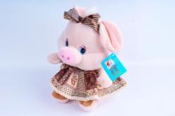 Игрушка мягкая Хрюшка в коричневом платье   АГ-83059/28