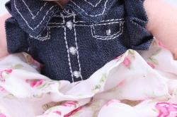 Игрушка мягкая Кукла с розовыми волосами в джинсовом платье 30см М-3323/30