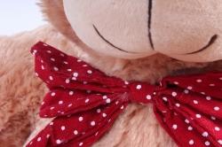 Игрушка мягкая Медведь с красным бантом коричневый   М-1105/48