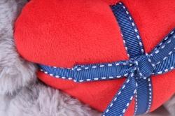 Игрушка мягкая Медведь с сердцем серый   М-0151/25