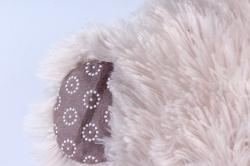 Игрушка мягкая Медведь с шарфом большие лапы белый  М-7445/45