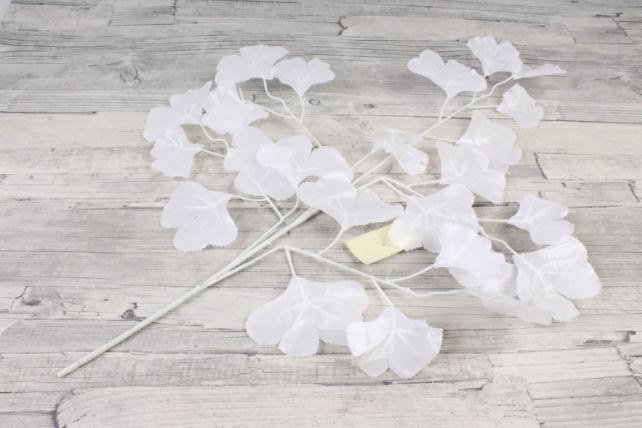 Искусственная ветка гинкго билоба белая