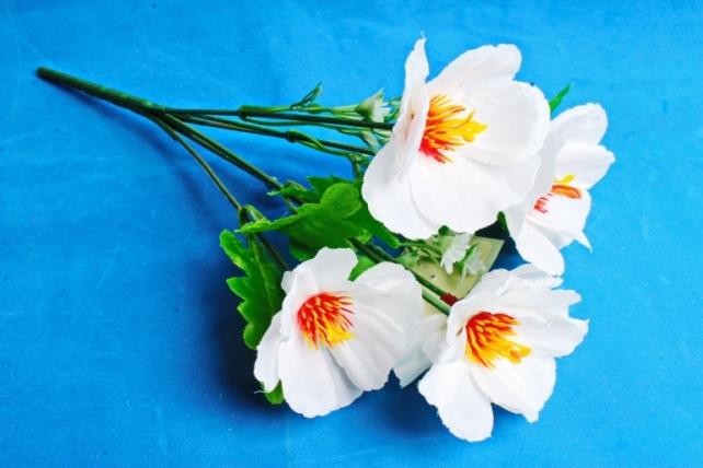 Искусственное растение - Анемоны белые