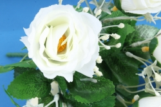 Искусственное растение - Букет роз белый