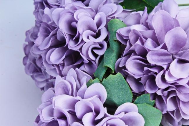 Искусственное растение - Георгины помпонные серый