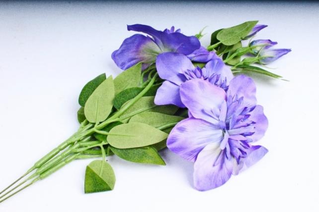Искусственное растение - Клематис синий   (3 шт в уп)  SUN540