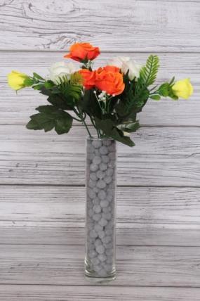 Искусственное растение - Розочки с папоротником и белыми ягодами бело-жёлто-оранжевые