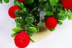 Искусственное растение - Ягодки бархатные красные