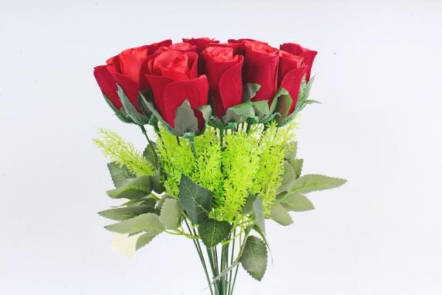 Искусственное растение -  Букет бархатных красных роз  Б11007