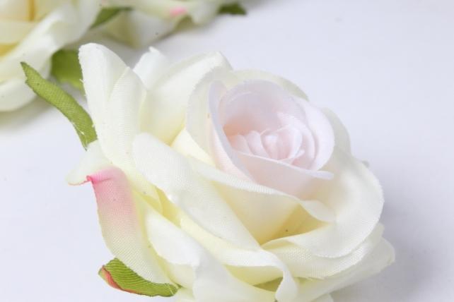искусственное растение - головка розы кремово-розовые ( в уп. 24 шт)  d=5см   art117
