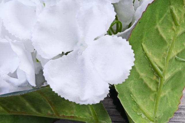 Искусственное растение -  Гортензия белая