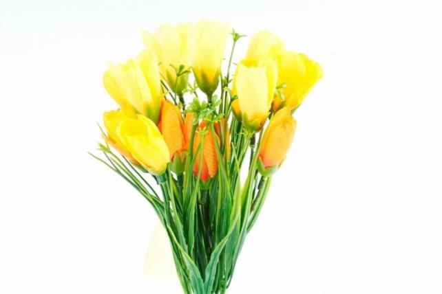 Искусственное растение -  Крокусы с осокой жёлто-оранжевые