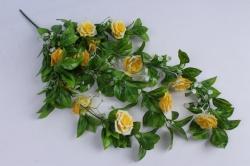 искусственное растение - лиана с розами жёлтыми