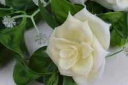 искусственное растение - лиана с розами шампань