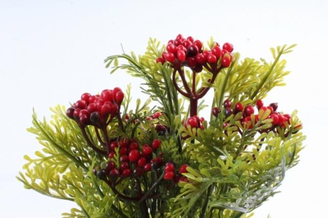 Искусственное растение -  Можжевельник с красными ягодами  Б10361
