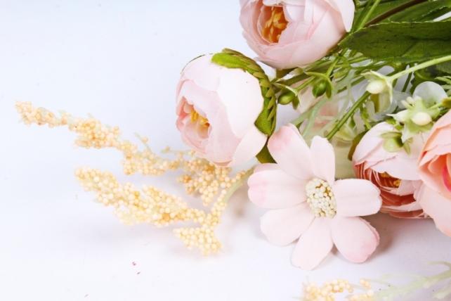 Искусственное растение -  Ранункулюс персиковый  (Т)