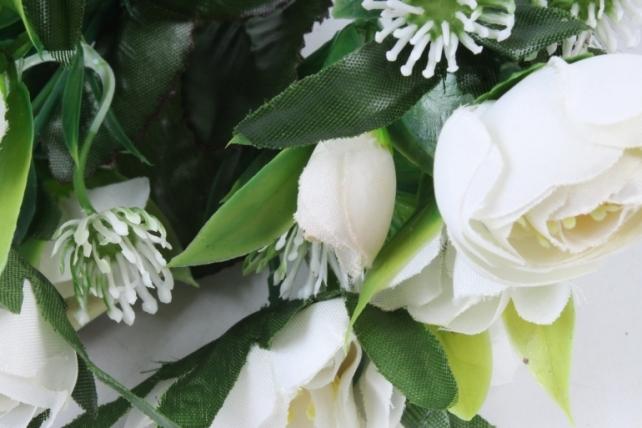 Искусственное растение -  Ранункулюс с клевером белый Б9934
