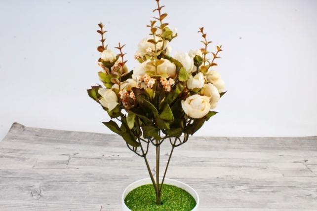 Искусственное растение -  Ранункулюс с самшитом шампань
