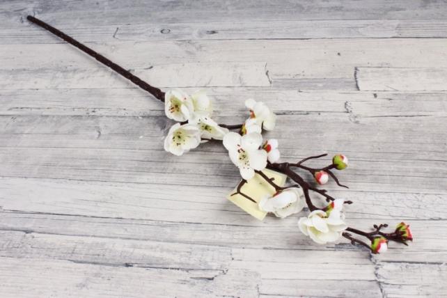 Искусственное растение -  Сакура японская белая  В10443