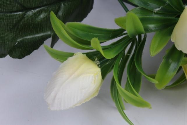искусственное растение - тюльпаны белые h=28cm