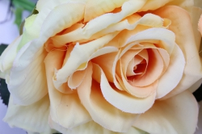 искусственное растение - ветка розы 35 см жёлтая sun524