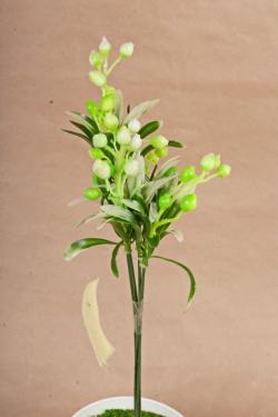 Искусственное растение -  Веточка боярышника (5 шт в уп) салатовая   В10404