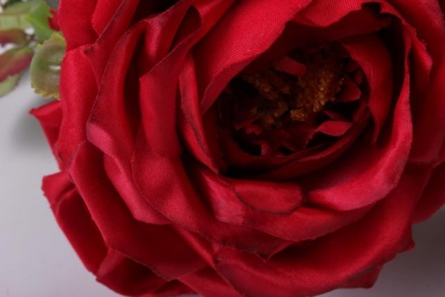 искусственное растение - веточка розы  красные sun317