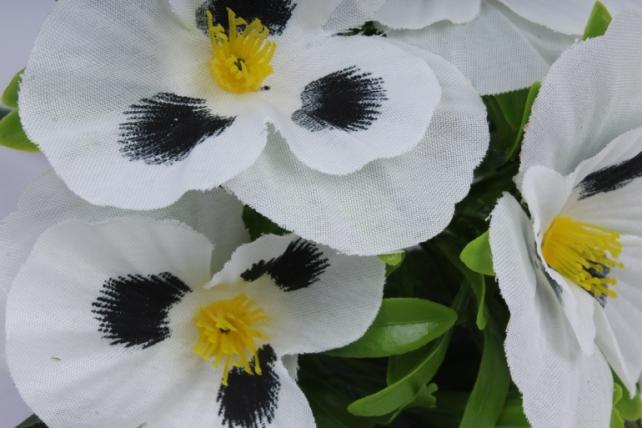 искусственное растение - виола белая h=27cm