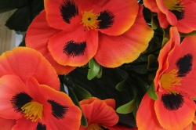 искусственное растение - виола оранжевая h=27cm