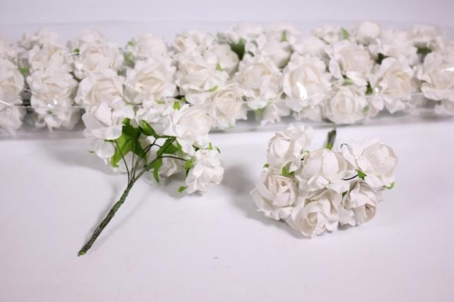 Искусственные цветы бумажные 2,5см Белые (72шт в уп) CF12-L711