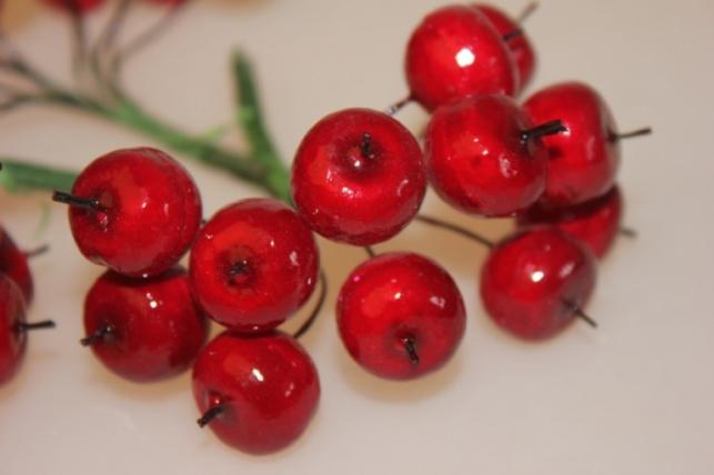 ИСКУССТВЕННЫЕ ФРУКТЫ 2550 Яблоки красные 3см (10пучков по 12шт)