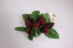 искусственные фрукты - ежевика на кольце