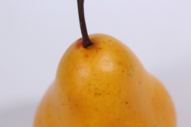 искусственные фрукты - груша желтая 9 см