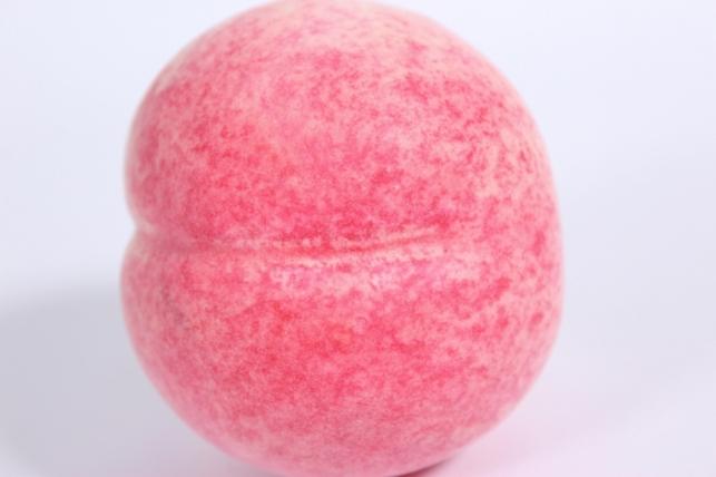 искусственные фрукты - персик 9 см