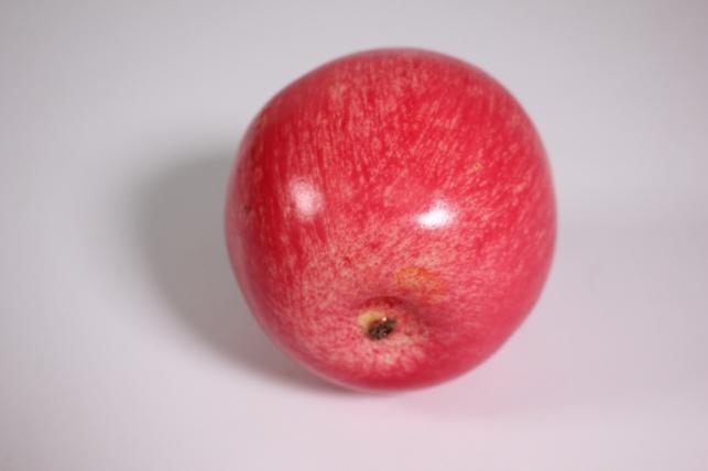 искусственные фрукты - яблоко розовое 9 см