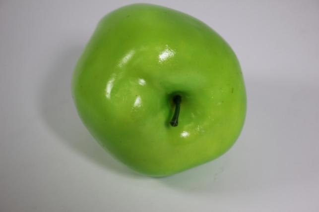 искусственные фрукты - яблоко зеленое удлиненное 9 см