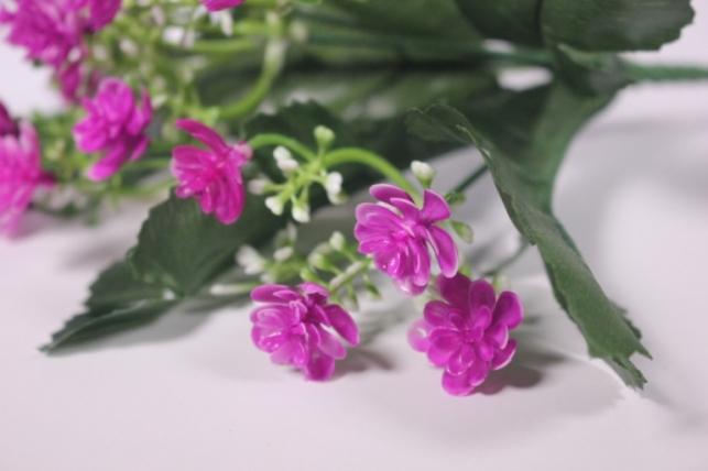 искусственные растения - цветочки мелкие фуксия