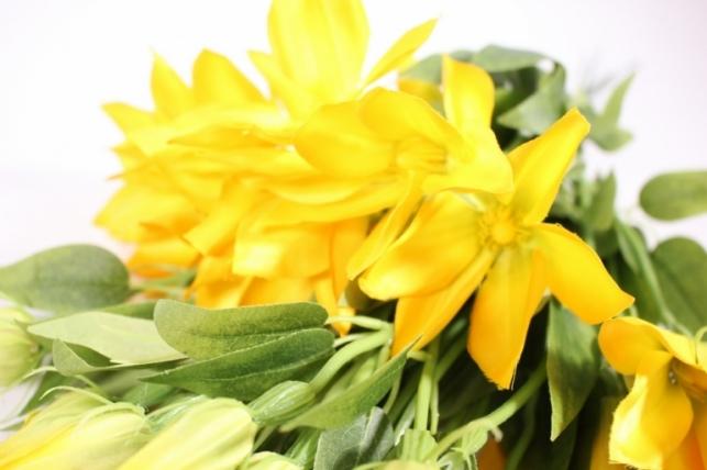 искусственные растения - клематис желтый 45см(12шт в уп) sun444